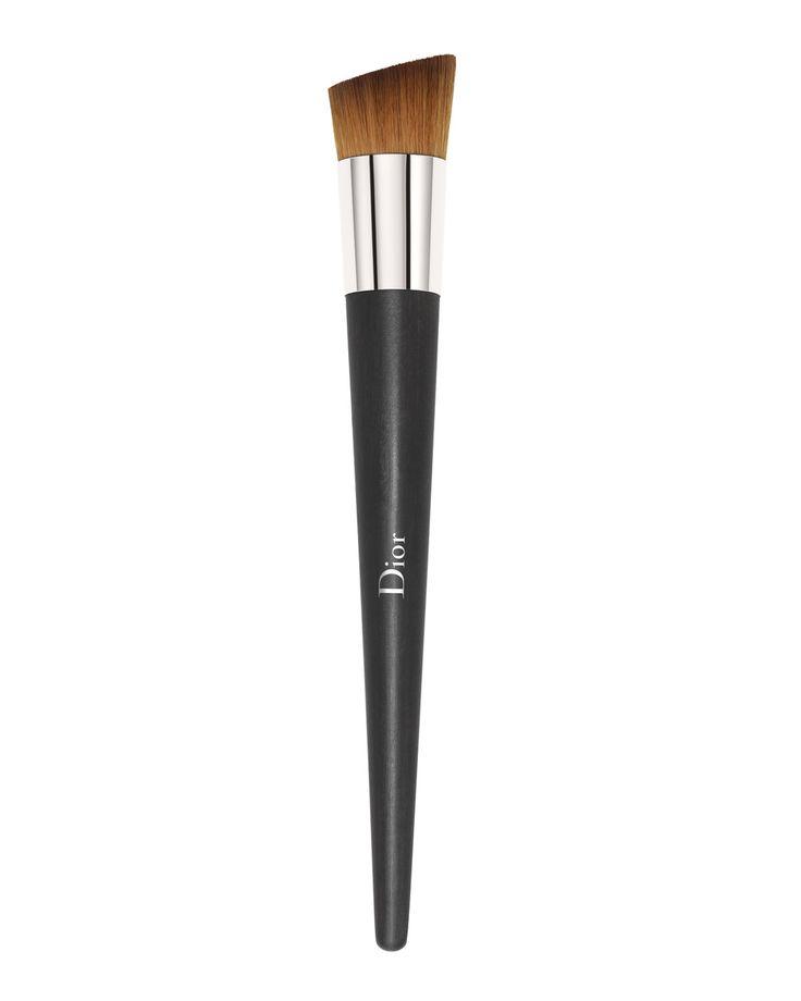 Beauty Blender Or Brush For Full Coverage: Dior Full Coverage Fluid Brush