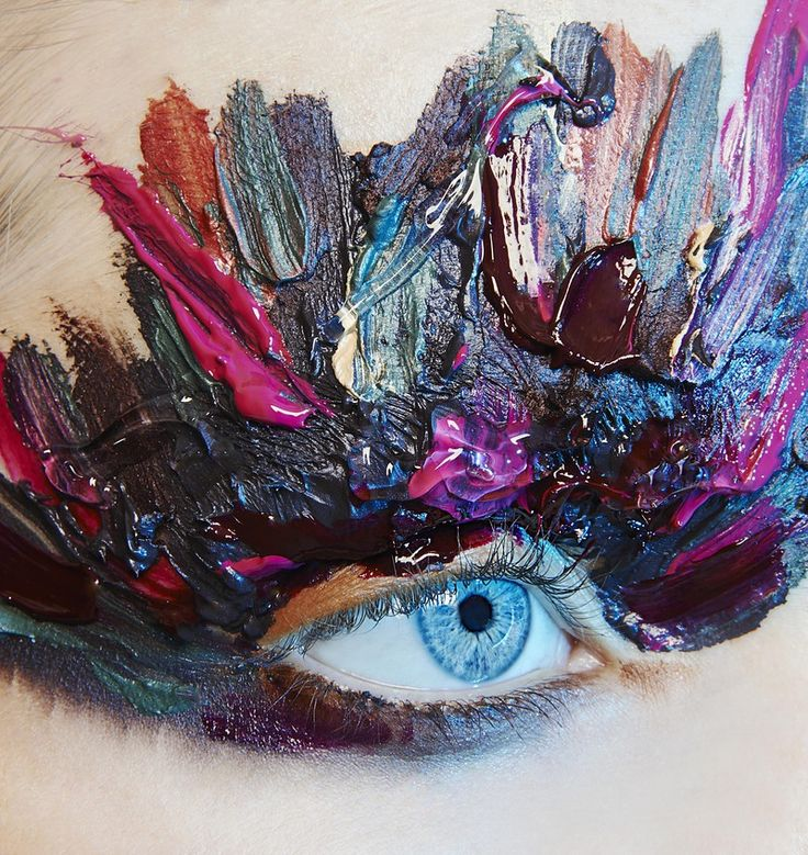 Q&A with Makeup Artist Ellis Faas - NOWFASHION