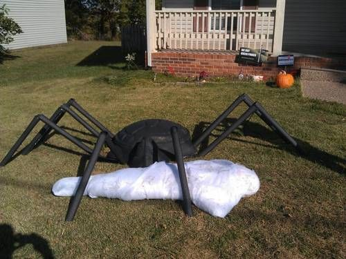 giant spider and victim w steps diy using a turtle sandbox