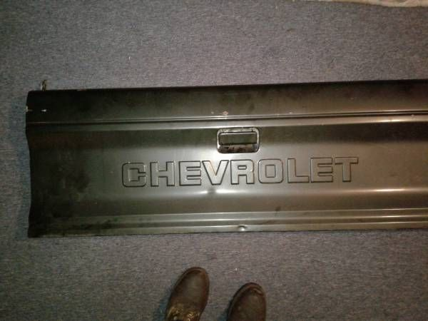 90s chevy s10 tailgate – auto parts – by owner