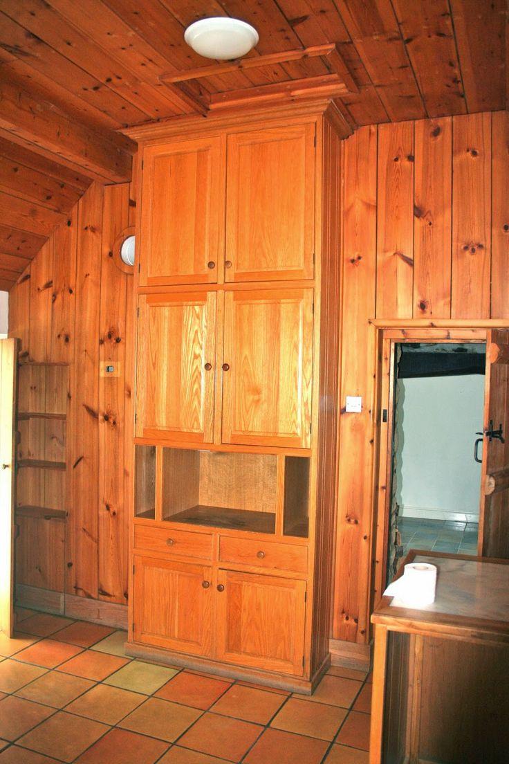 hardcore pine kitchen