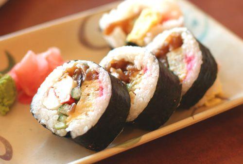 Sushi: Ricette e curiosità dalla cucina giapponese!