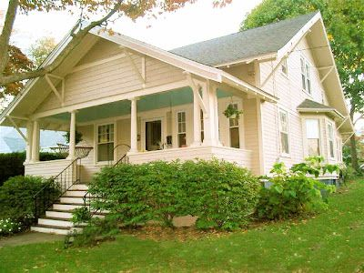Old new england cottage exteriors charming craftsman - What is a bungalow style home ...