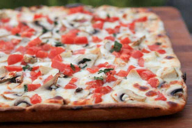 pizza with white sauce-18