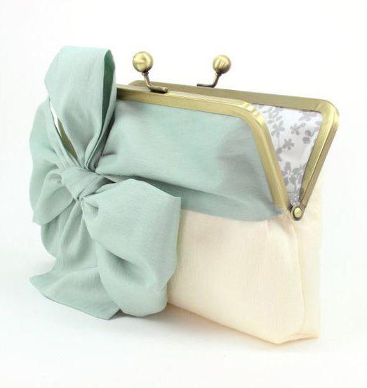 Mint Clutch Set