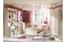Popelka by záviděla. Pohádkový pokojík pro malé holky z bílé borovice.