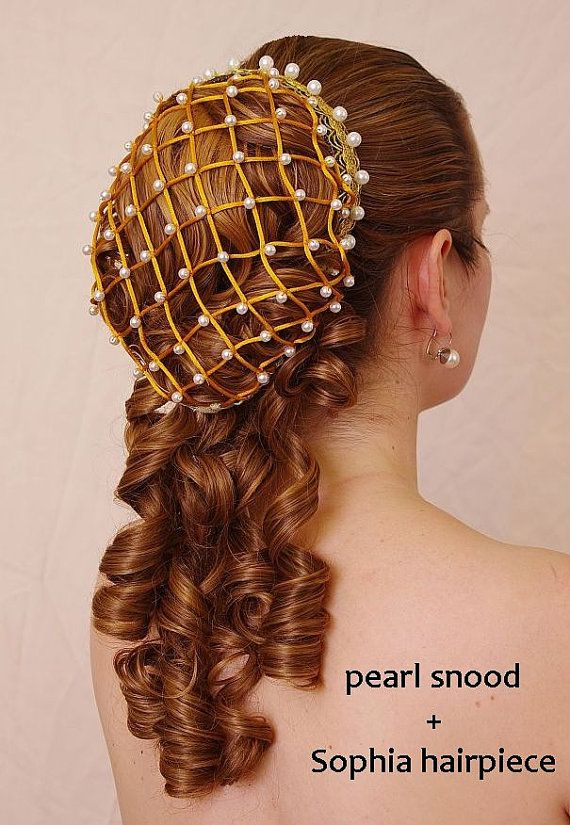 Sophia - elegant renaissance romantic huge ringlet hairpiece (also suitable for Lolita, victorian or civil war costumes or wedding) via Etsy. Dude, I wish I could do my hair like that for prom, but it'd fall out. Renaissance Hairstyles, Historical Hairstyles, Vintage Hairstyles, Wedding Hairstyles, Fantasy Hairstyles, Bun Hairstyles, Pretty Hairstyles, Pelo Vintage, Hair Jewelry