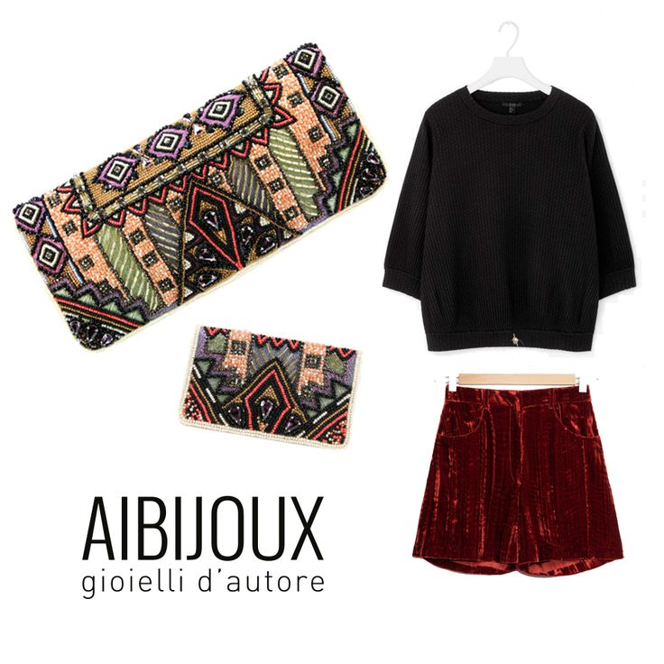 Pochette e porta carte di credito Mary Frances, shorts Rodarte per &otherstoriee, maglia Cos #MaryFrances #outfits #fashionbags #ilnostrooutfit #AIBIJOUX