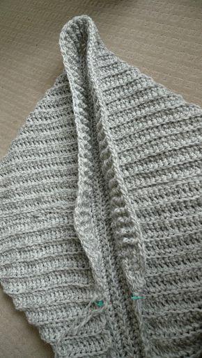 9ab70e3b85879 Easy Chunky Crochet Sweater - Free Pattern ✿⊱╮Teresa Restegui http