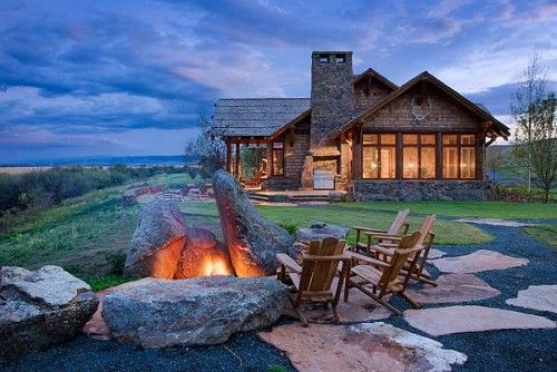 Rustic getaway - Montana big sky. Cabin byDesign Associates.: Idea, Dreams Home, Dreams Vacations, The View, Dreams House, Logs Cabins, Fire Pit Design, Firepit, Logs Home