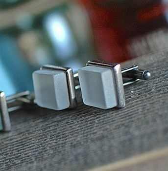 Cuff links made from recycled Bourbon Whiskey bottles set on a recycled pewter! #forhim #bourbon