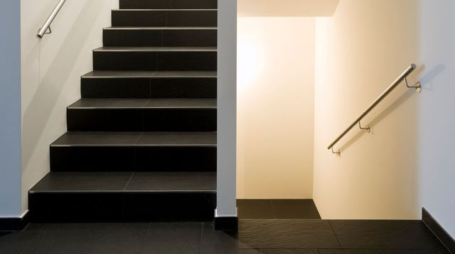 상의 Peindre Un Escalier  계단, Peinture Sans Poncer 및 Peindre ...