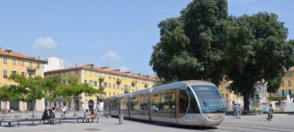 #france #франция #nice #nizza #ницца #общественныйтранспорт #транспорт #трамваи Трамвай в Ницце. Общественный транспорт в Ницце: aвтобус, трамвай и такси | Oh!France: поездка во Францию