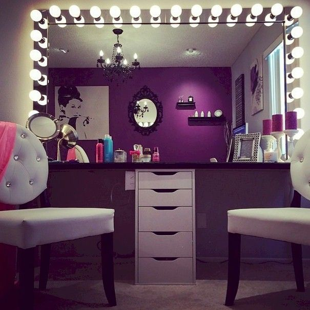 Best 25 cute makeup vanity ideas on pinterest vanity for Cute makeup vanity