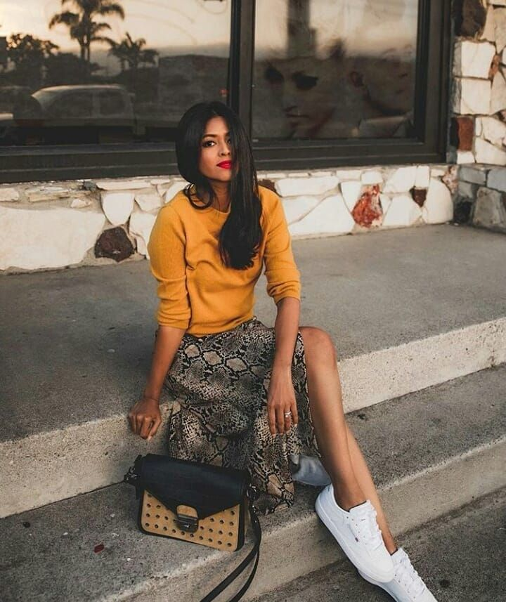1bb4cf8d1 Snake print skirt + yellow top | Style Inspiration in 2019 | Fashion ...