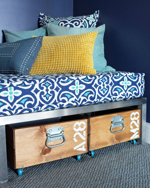 DIY Removable Tailored Day Bed Cover  Boys room organized. Love the under the bed storage too