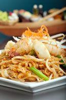 Healthy Asian Recipes: Pad Thai. weightloss.com.au #HealthyRecipes #DietRecipes #WeightlossRecipes