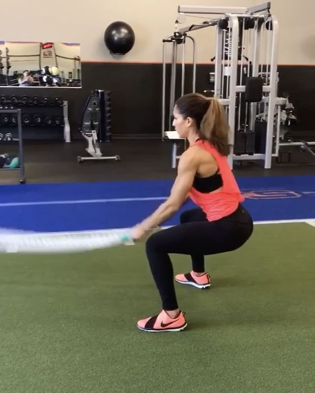 """13.4k Likes, 190 Comments - Alexia Clark (@alexia_clark) on Instagram: """"Literally the BEST finisher to a leg day!  I could hardly walk after this one! 🍑  30seconds of…"""""""