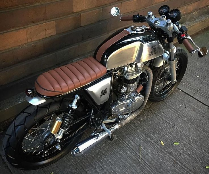 Royal Enfield Cafe Racer - RC Moto Garage Custom Motorcycles #motorcycles #caferacer #motos | caferacerpasion.com