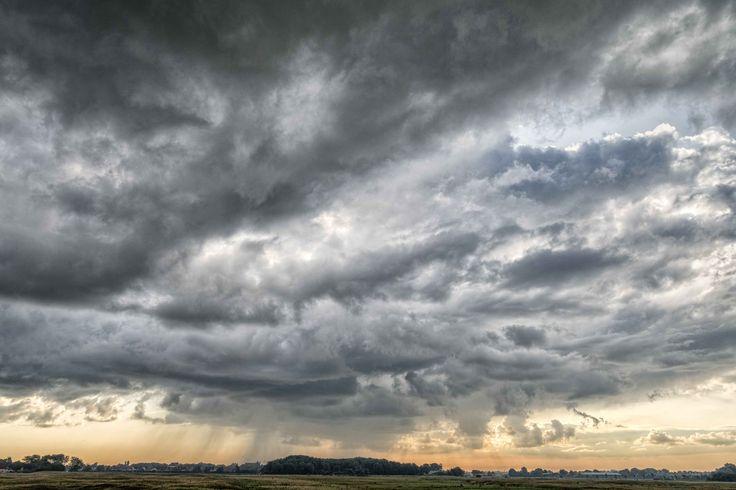 Yağmur bulutları siyah mıdır?