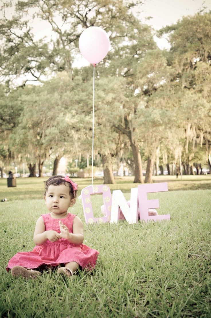 Baby's first birthday photography