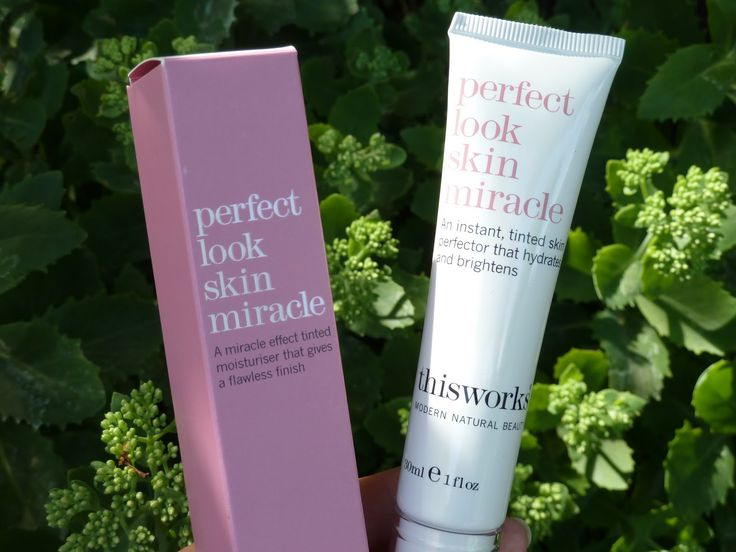 This Works Perfect Look Skin Miracle Getönte Feuchtigkeitscreme http://www.amazon.de/This-Works-Perfect-Miracle-Feuchtigkeitscreme/dp/B007WWQ39G/ref=sr_1_1?s=beauty&ie=UTF8&qid=1415096265&sr=1-1&keywords=This+Works+Perfect+Look+Skin+Miracle