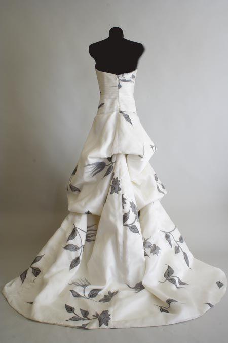 unique wedding gowns | All About The Wedding Celebration: Unique Wedding Dresses