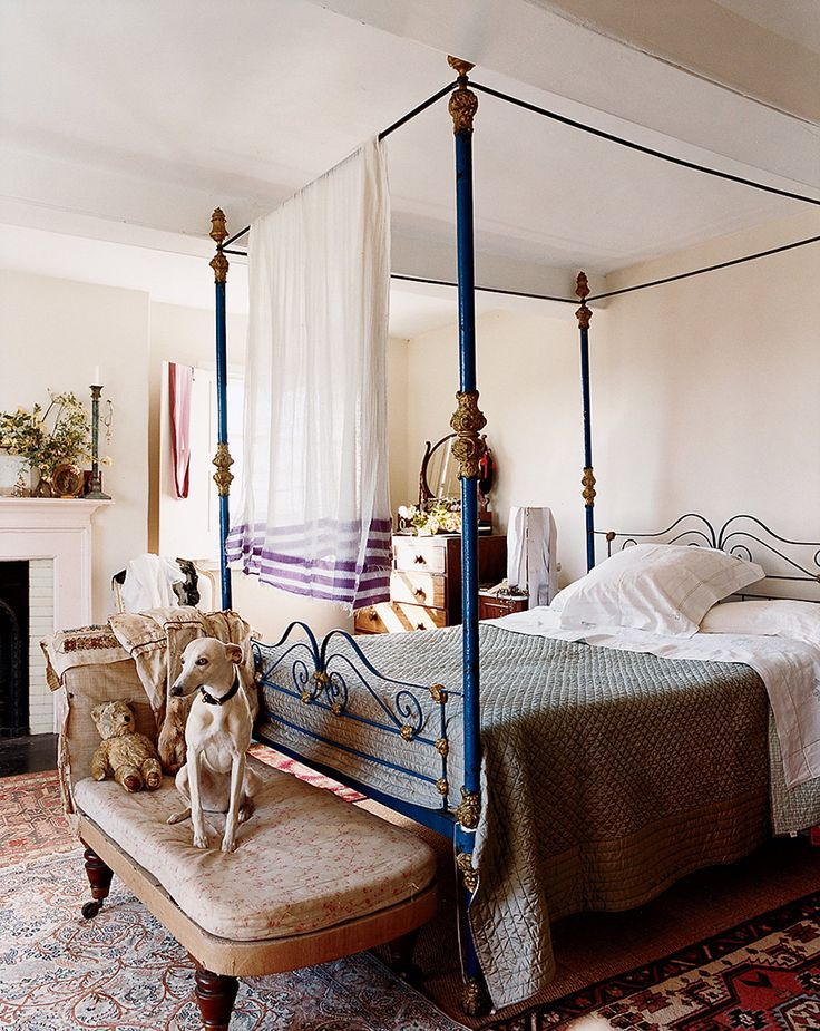 13 Dreamiest Canopy Beds