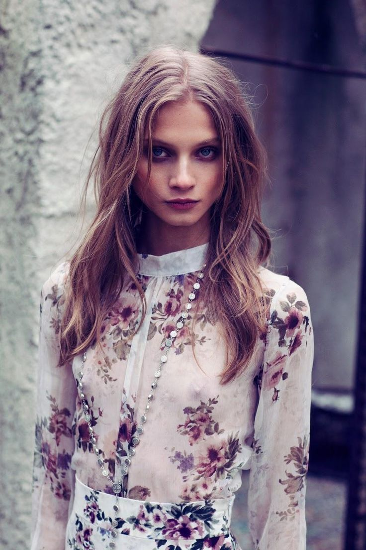 Romantic Florals, sheer fabric blouse - style love // Anna Selezneva