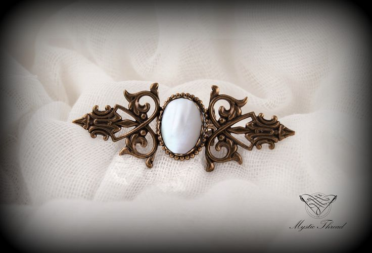 Mother of pearl gothic victorian adjustable ring / e-shop: www.mysticthread.com / facebook: www.facebook.com/mysticthread.ltd  #mysticthread #gothicshop #gothicring #victorianring #pearlring #gothicjewelry #victorianjewelry #adjustablering  #vintagejewelry #vintagering #pearljewelry