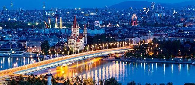 Se apropie sărbătorile de iarnă și pasionații de călătorie și-au rezervat deja vacanțele de Crăciun și de Anul Nou. În 2015, românii au ales Viena, Copenhaga și Atena ca principale destinații pentru petrecerea vacanței de iarnă, potrivit datelor Tripsta. Informațiile Tripsta se referă la călătoriile programate pentru perioada 21 decembrie...