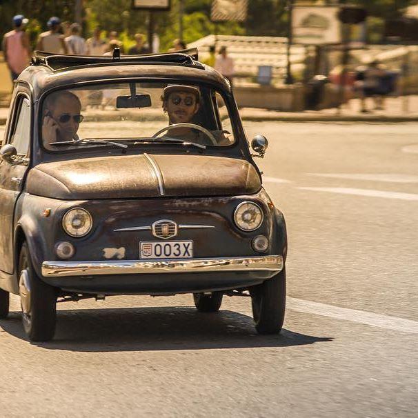 Gotta love this extremely rare #fiat500giardiniera #giardinieragiannini #fiat500 #fiat500giardinetta #fiat #camioncino #pickup #rusty #ratlook #summer2015 #montecarlo #monaco #businessman #pierrecasiraghi