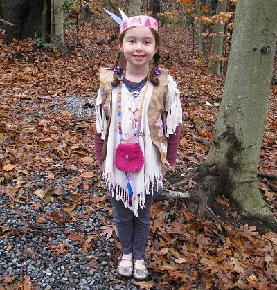 Native American-inspired tunic | Naturally Educational: Crafts Books, Diy Costumes, For Kids, Kid Costumes, Costumes Nativeamericancostum, Halloween Kids, Indian Kids, Diy Kids, Kids Costumes