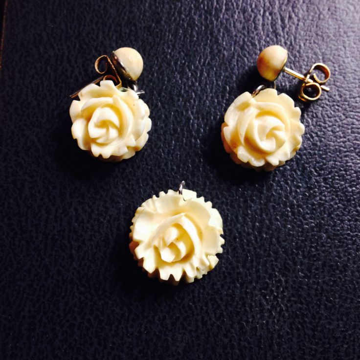 Vintage handmade ceramic Rose earrings and pendant by PastFunk on Etsy