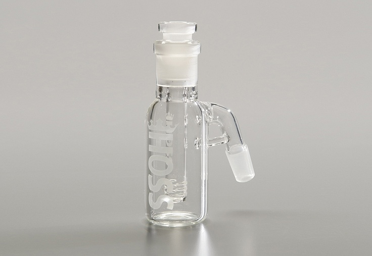 H018  Ash Catcher w/ removable Downstem Diffuser    Height: 5.0″ Inches / 12.7 cm    Joint Size: 14mm Bowl – 19 mm Downstem Diffuser  / Available in 14 mm Male joint size only    Stem Length: 10 cm    Tube Diameter: ~ 38 mm ash catcher body diameter