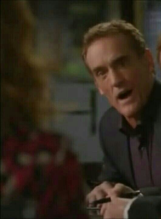 Kathy Griffin and John Wesley Shipp in DROP DEAD DIVA.