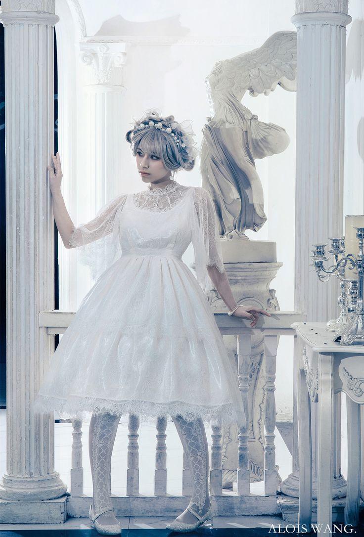 20 best Lolita Fashion images on Pinterest | Lolita fashion, Moth ...