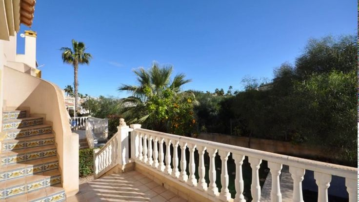 101 Detached Villa for sale in Cabo Roig
