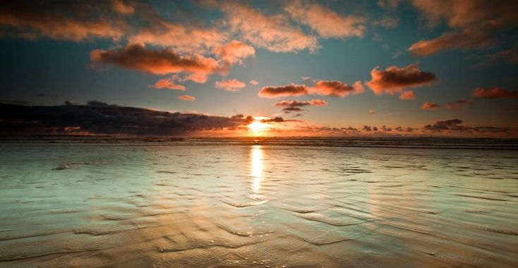 Sunset at Ocean Beach in Strahan #Tasmania