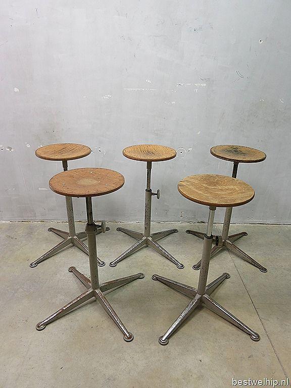 Partij Friso Kramer vintage design bar krukken kruk, vintage barstool Ahrend de Cirkel (9 stuks) | Bestwelhip