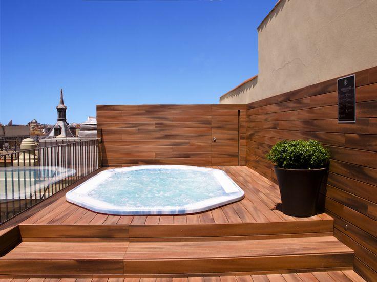 Terraza con jacuzzi en el #hotel Catalonia Atocha en #madrid