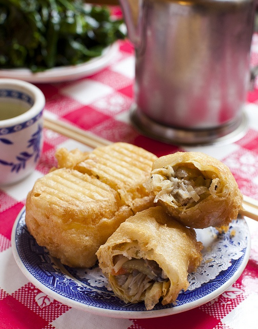 The Original Eggroll from Nom Wah Tea Parlor - Chinatown, NYC