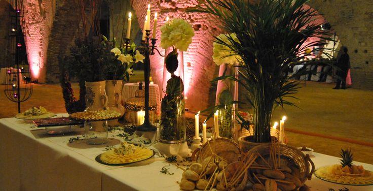 Altacazuela Catering. Un bufete de quesos muy especial para un espacio maravilloso. Las Atarazanas  reales. Sevilla