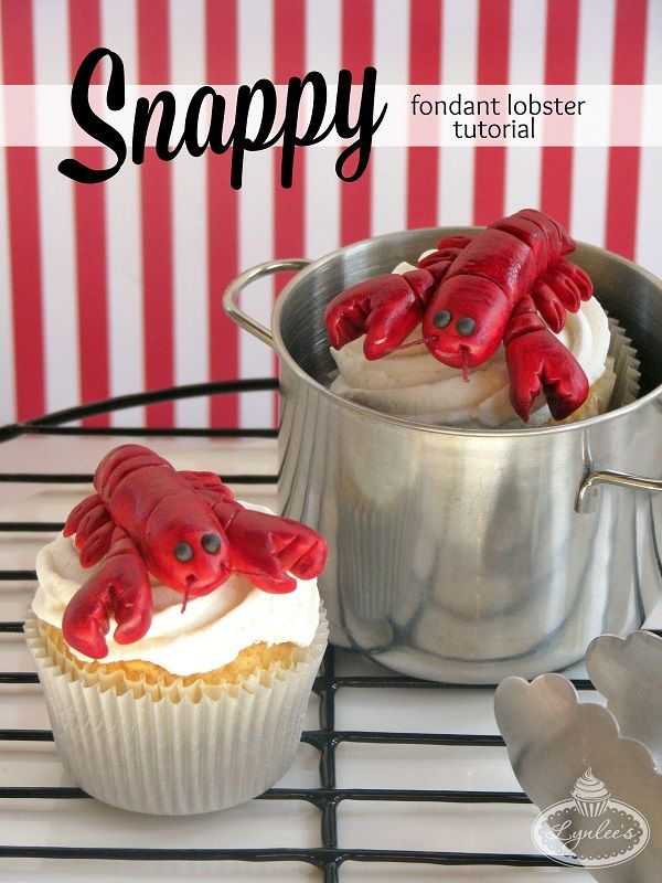 Claw your way over to check out this step-by-step fondant lobster tutorial, perfect to embellish your summer cakes and cupcakes!