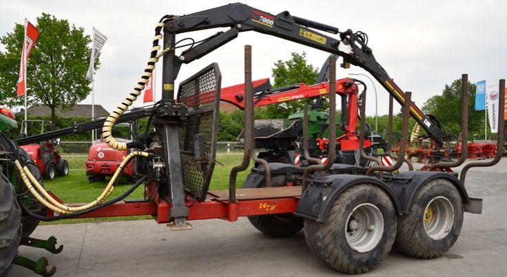 Rückewagen Eifo RW 14 TP mit Eifo Kran und EHC Steuerung