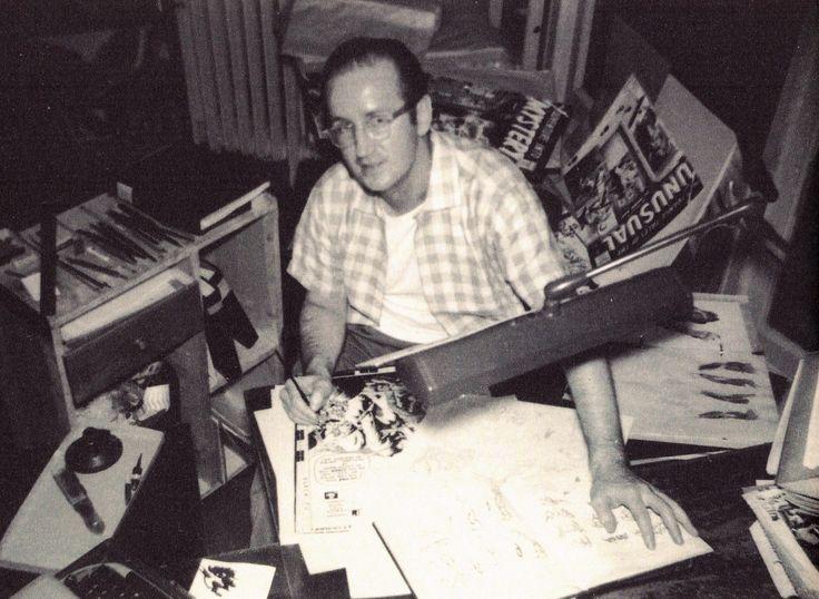 Steve Ditko(1959), posing with John Severin's original art for KID COLT OUTLAW #86.