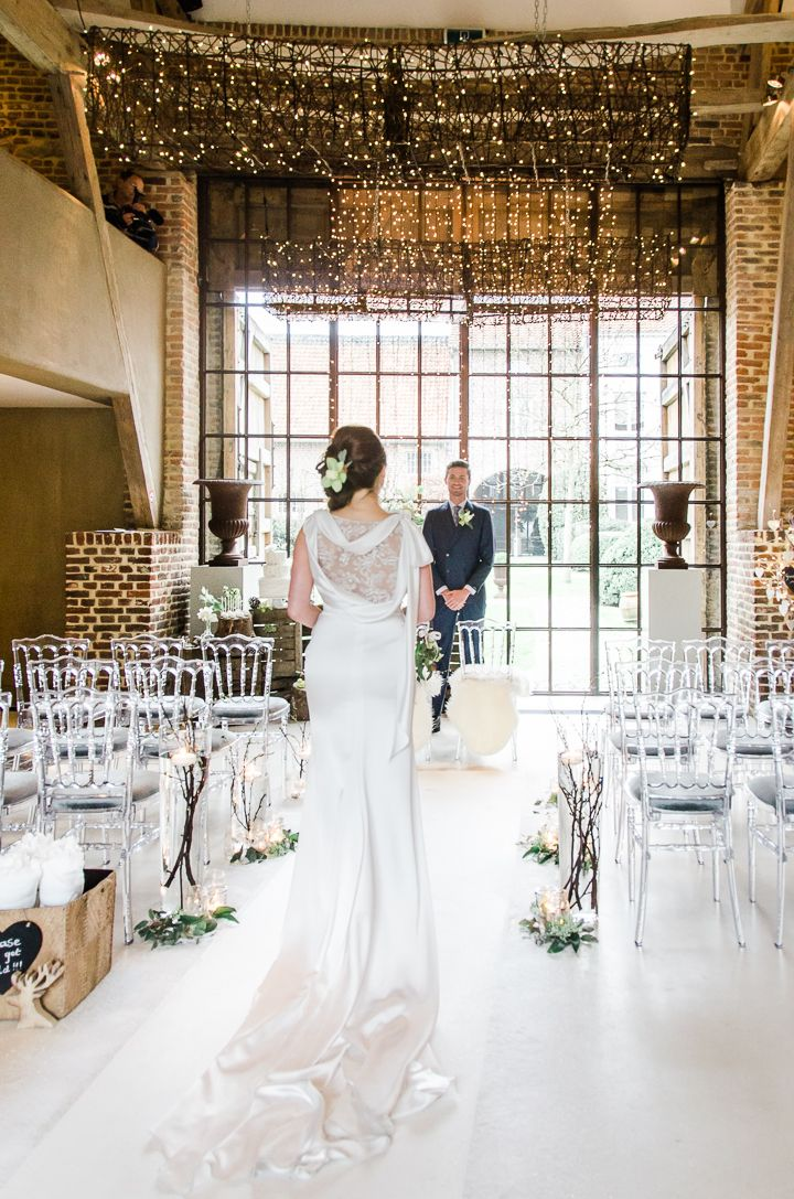 Styling By Weddingplanner Alle Gebeure Model Ashley Den Toom Mark Simoons Flowers Mullers Fl Art Venue Hof Ten S Bridal Gown Maison
