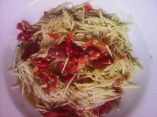 Manggo sweet sour Salad