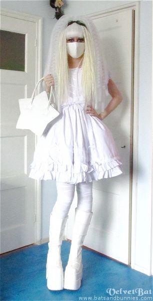 I am working on my own cyberlolita outfit!  #cyber #lox #crin #falls  www.doctoredlocks.com