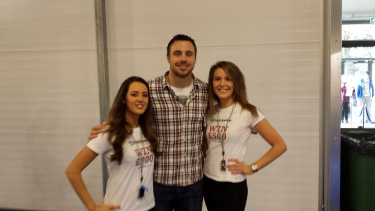 The Hugh Jordan Girls were delighted to meet Irish Rugby International Tommy Bowe